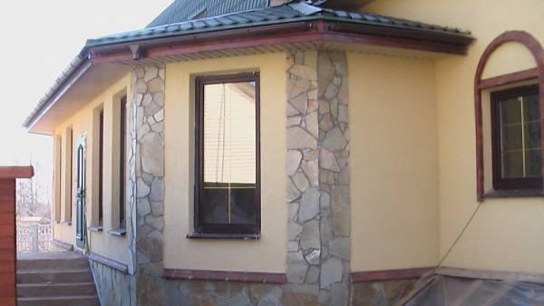 Пример отделки дома из арболита