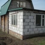 Пристрой к деревянному дому из пеноблоков