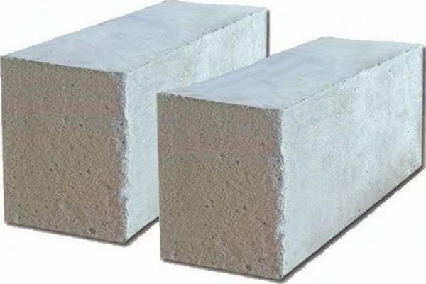 Блоки из ячеистого бетона.
