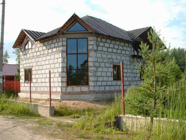 Одноэтажный дом из пеноблоков.