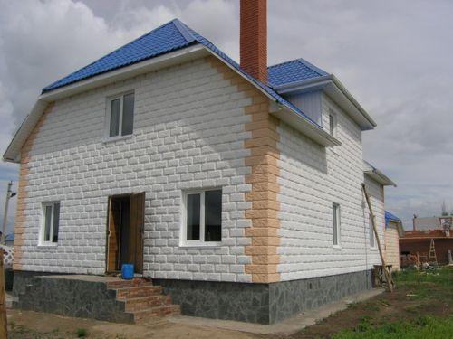 Дом из декоративного пенобетона