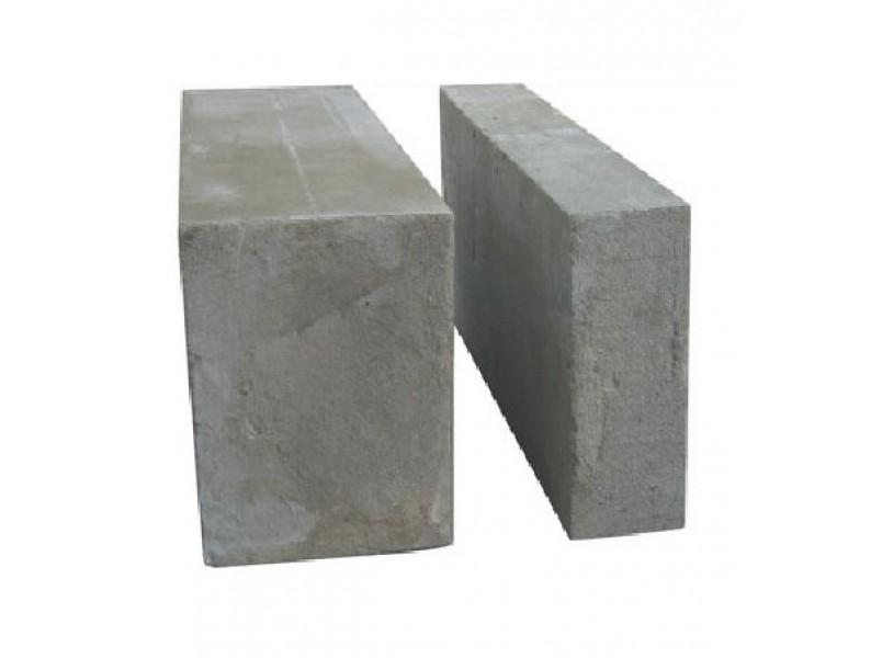 Пеноблоки с гидрофобными добавками – идеальный вариант для строительства дома.
