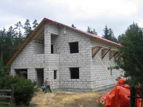 Конструкционные блоки подходят для многоэтажного строительства.