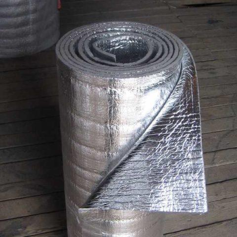 Утеплитель на основе вспененного полиэтилена с двухсторонней парозащитой