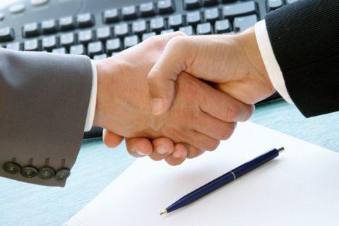 Сотрудничество с организациями гарантирует качество, но предвещает расходы