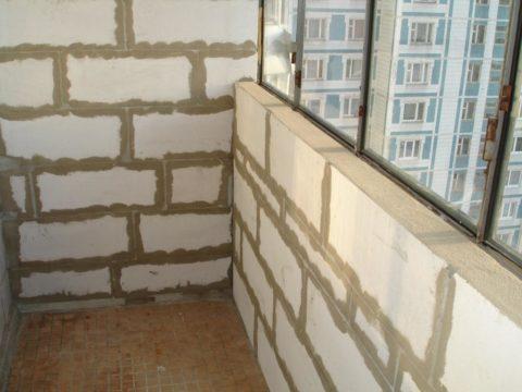 Утепление балкона пеноблоком