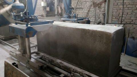 Раскрой монолитного пенобетона на блоки - достаточно сложный и ответственный производственный процесс