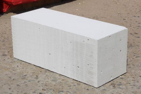 Стеновой блок со стандартными габаритами