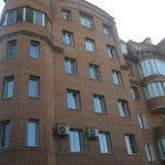 Кирпичные строения могут быть многоэтажными