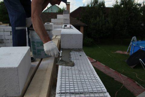 Армирование кладки из ячеистых блоков - фото