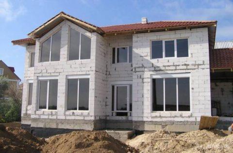 Дома из ячеистых блоков пользуются большой популярностью