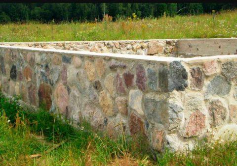 Бутовый камень – отличный строительный материал для малоэтажных зданий