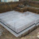 Заглублённая плита – вариант для дома с цокольным или подвальным этажом