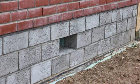 Для цоколя можно использовать только блоки, изготовленные по ГОСТ 6133