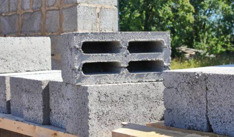 Керамзитобетонные блоки – один из наиболее популярных вариантов