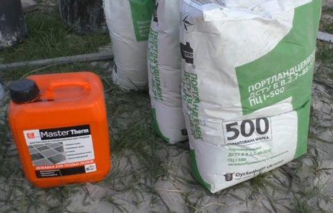 Цемент и пластификатор для раствора