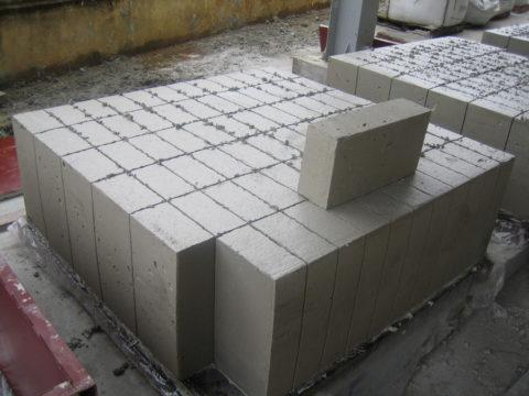 Разрезные перегородочные блоки