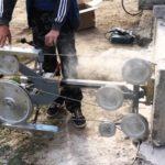 Струна для резки пеноблока приводится в действие специальным агрегатом