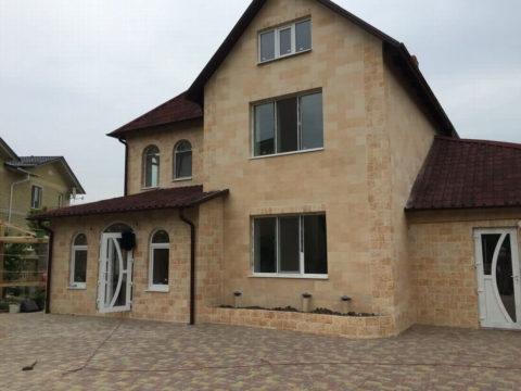 Фасад, облицованный гибким камнем